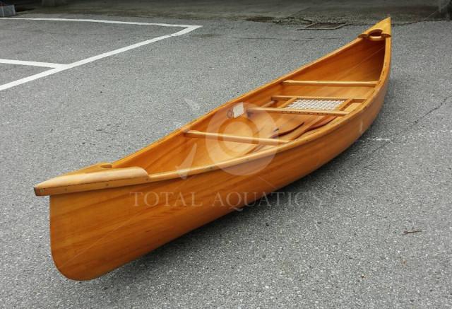 日本製木製カヌー