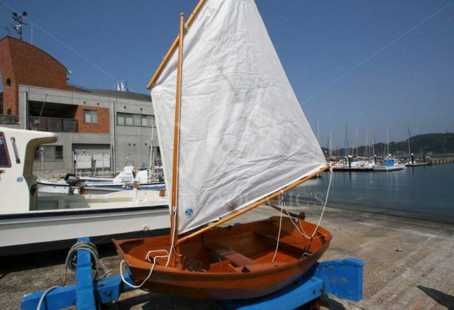 木造小型ヨット