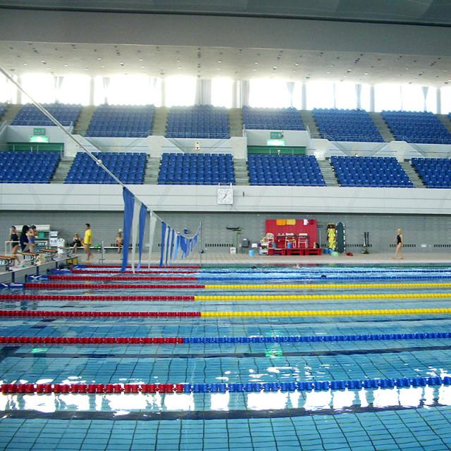 水泳競技用プール